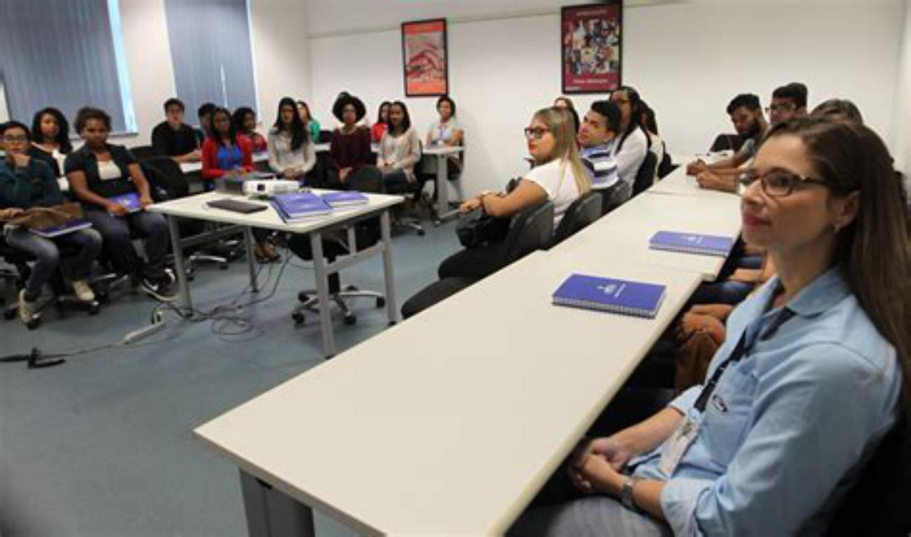 Preparação de jovens para o mercado de trabalho