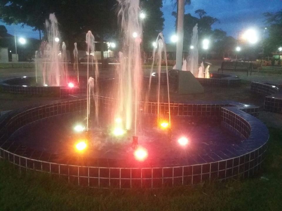 Fonte Luminosa volta a dar o tom da alegria para as pessoas