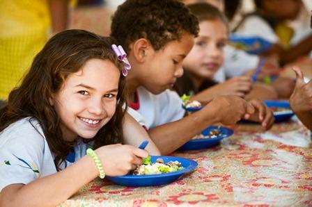 Prefeitura transmite ao vivo licitação para aquisição de gêneros alimenticios