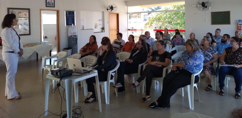 """Serviço de """"Família Acolhedora"""" chega à Bálsamo através da Assistência Social"""