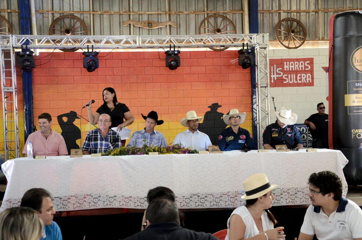 Escolha da rainha e lançamento da 49ª Festa do Peão de Bálsamo