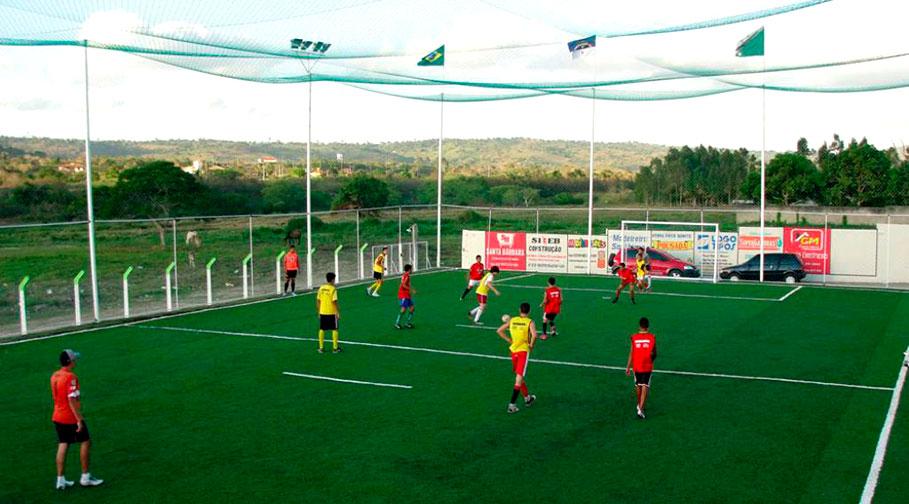 Prefeitura inicia obra de Campo de Futebol Society no Parque do Sol