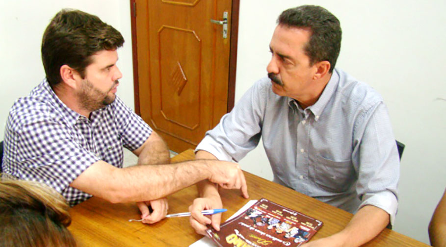 Deputado Itamar Borges passa por Bálsamo e anuncia verba de R$ 150 mil para Recape de Asfalto