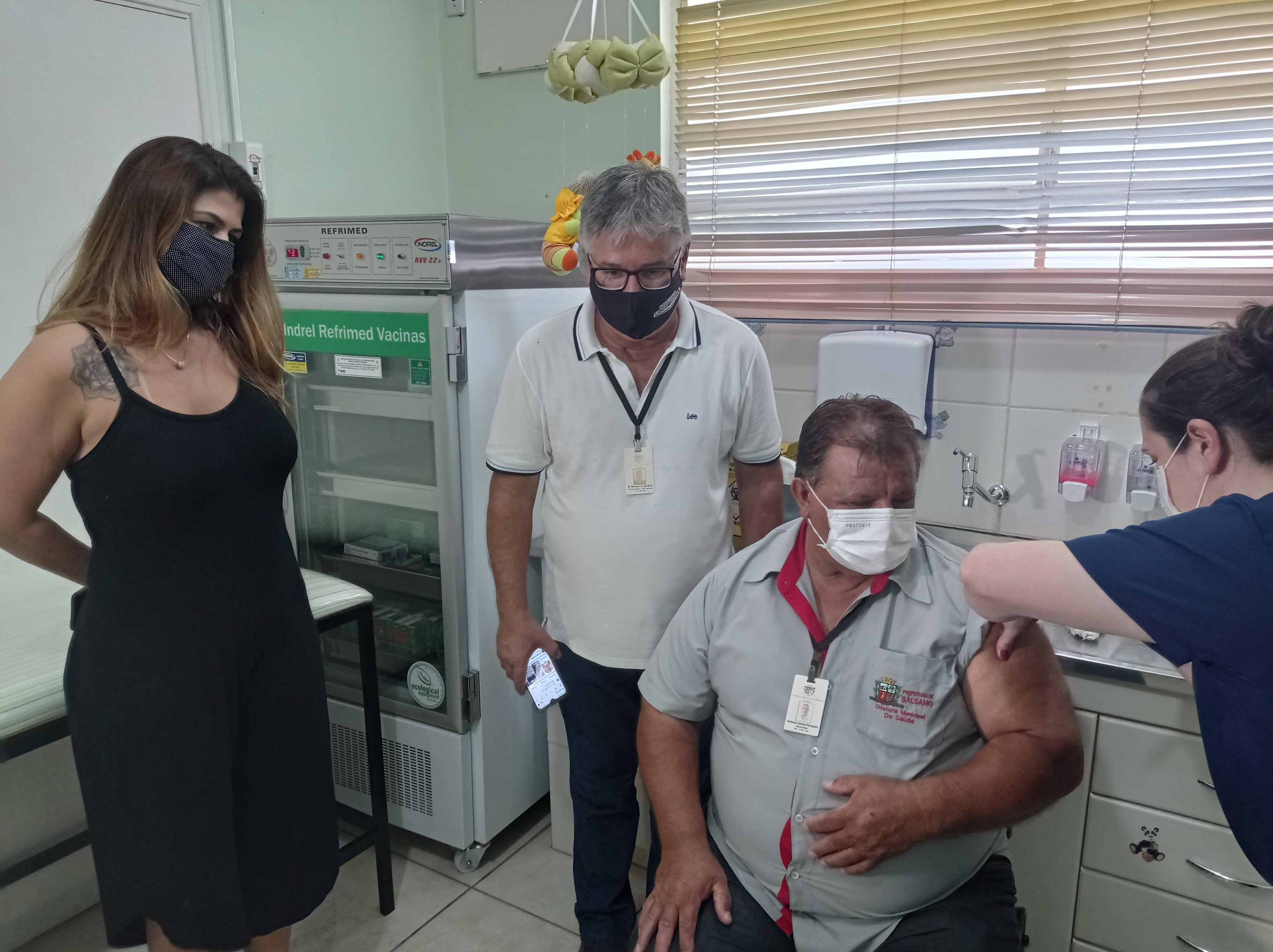 Bálsamo inicia vacinação contra a Covid-19