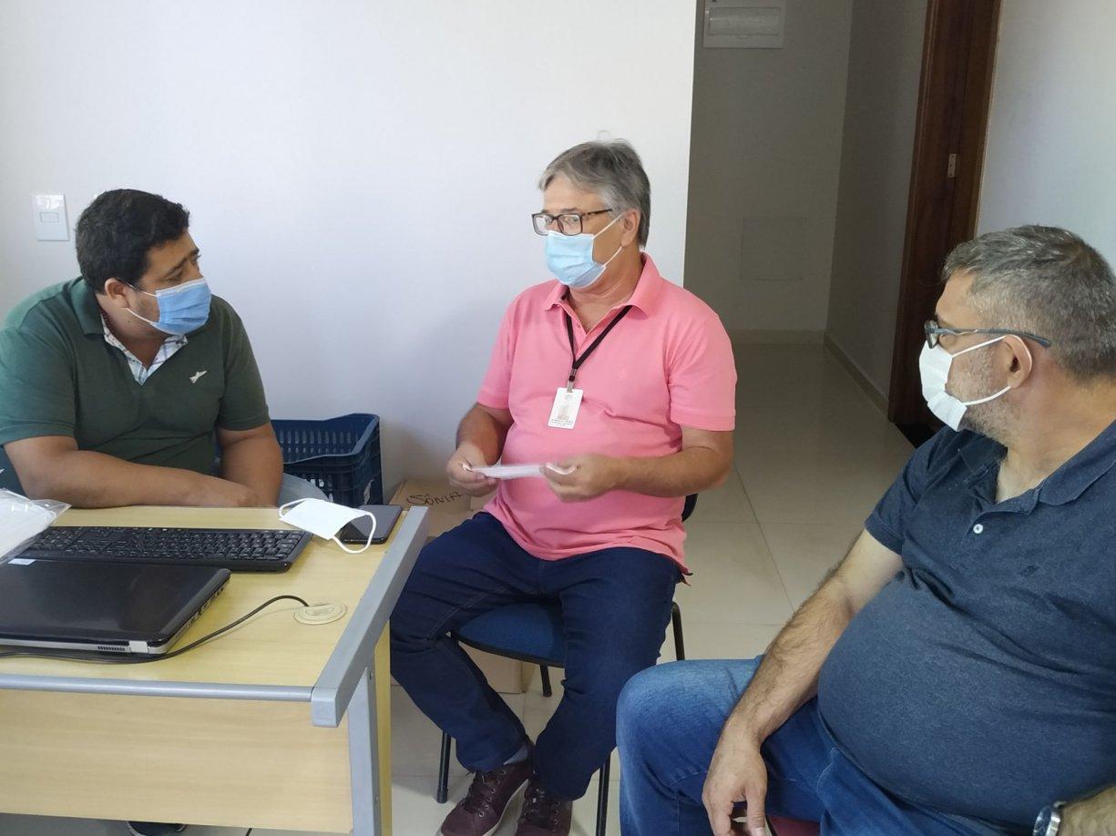 Empresa faz doação de máscaras para Diretoria de Saúde