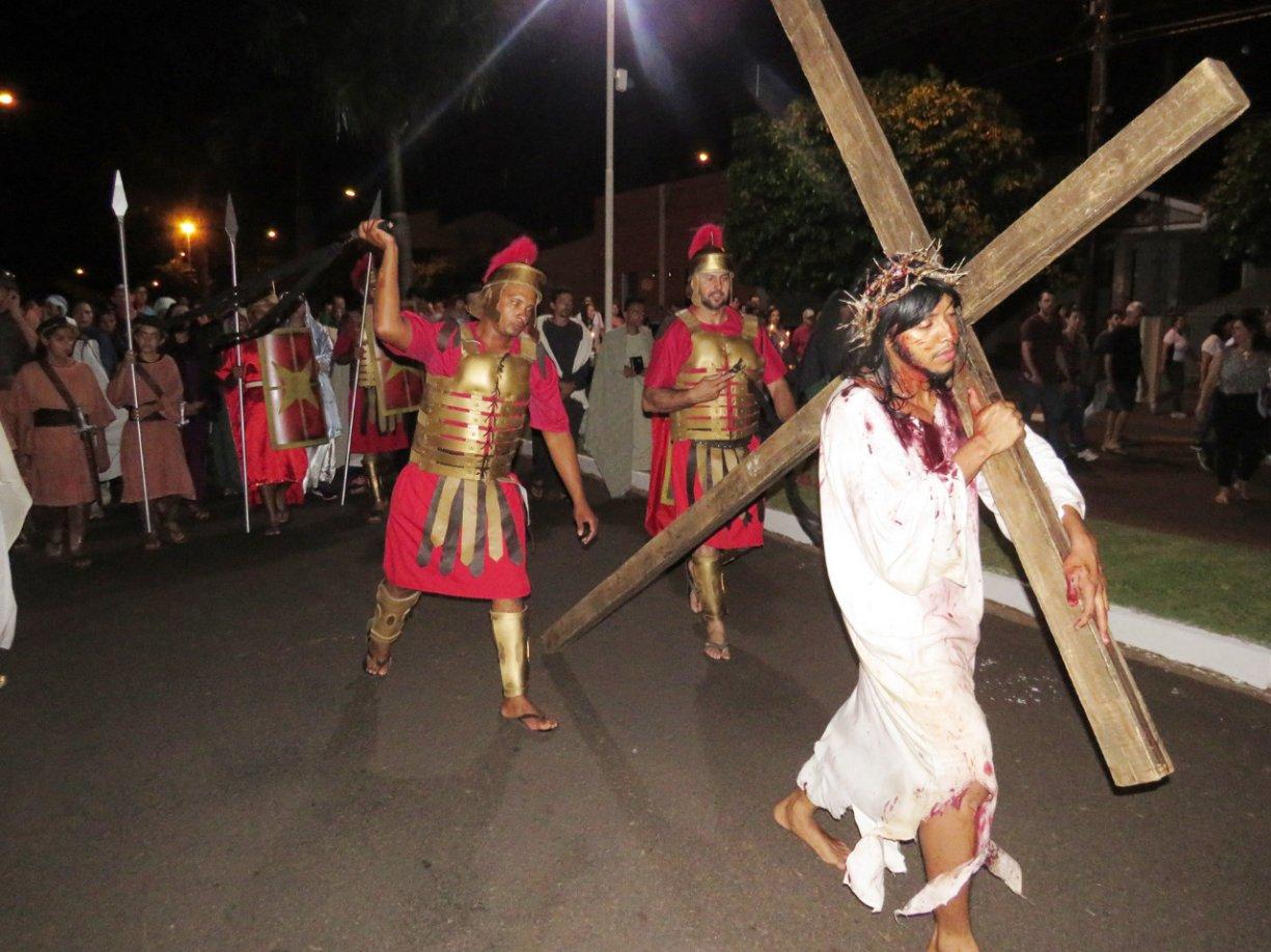Prefeito Du da total apoio ao Grupo Caminhada com Jesus para a encenação da Paixão de Cristo em Bálsamo