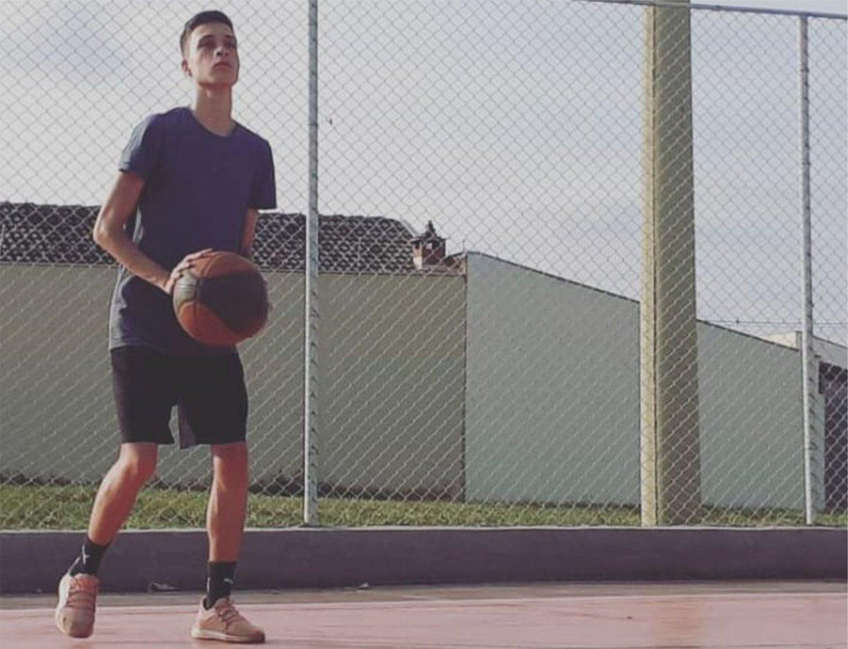 Jovem balsamense entra para equipe de basquete do Monte Líbano Rio Preto