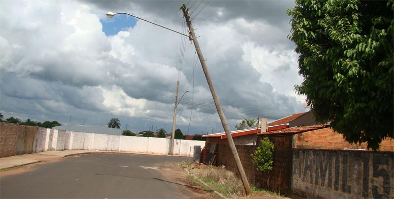 Postes no São Luiz