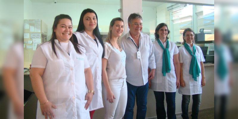 1ª Dama Bia Lourenço entrega novos jalecos aos profissionais da saúde