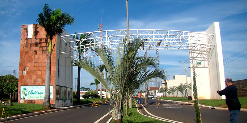 Portal de entrada da cidade é revitalizado e recepcionará visitantes para a maior festa realizada em Bálsamo