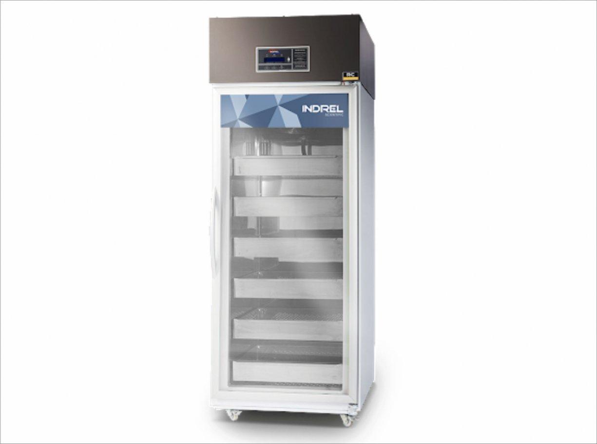 Diretoria de Saúde adquire refrigerador vertical para armazenar vacinas
