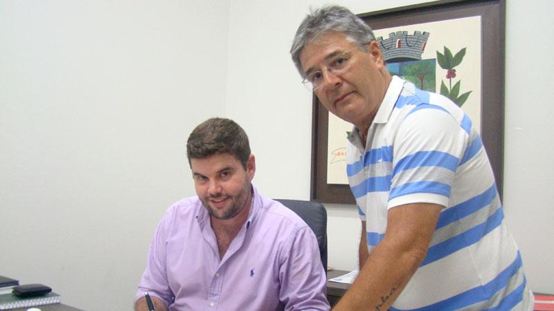 Prefeito Du Lourenço regulariza serviço do SAMU em Bálsamo