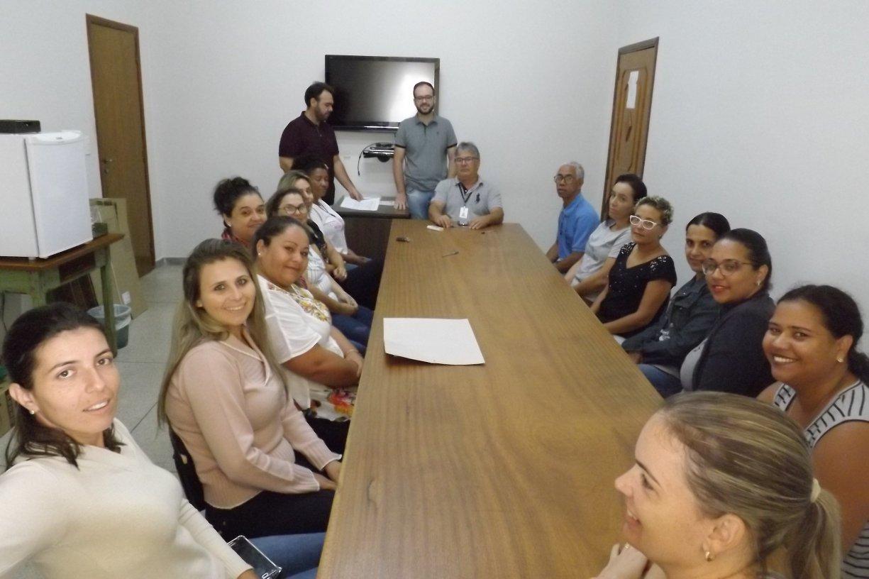 Diretor de Educação apresenta o Conselho da Merenda para atuar em 2019