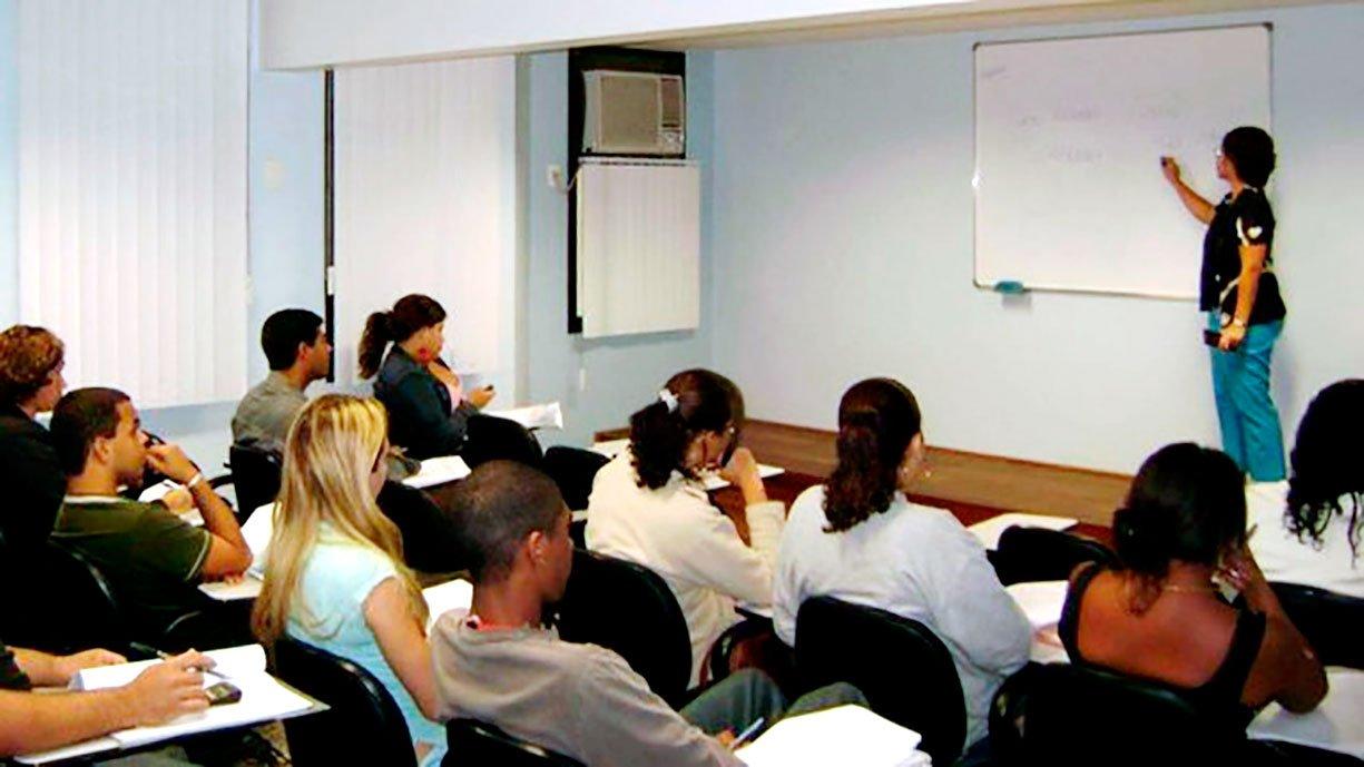 PRIMEIRO EMPREGO Assistência Social de Bálsamo abre turma de Adolescentes para o Mercado de Trabalho