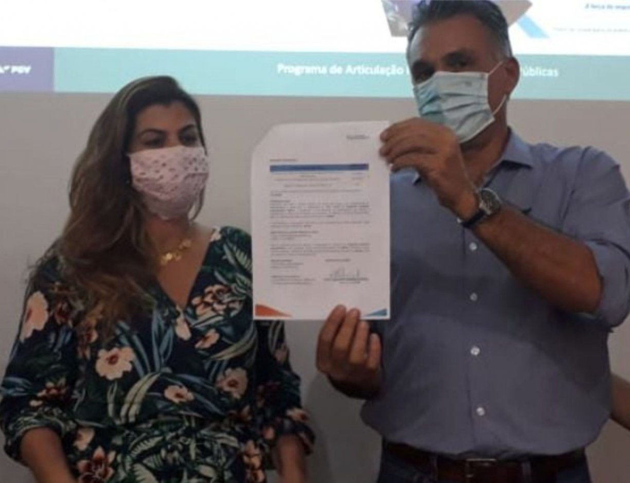 Bálsamo assina convênio com SEBRAE/FGV