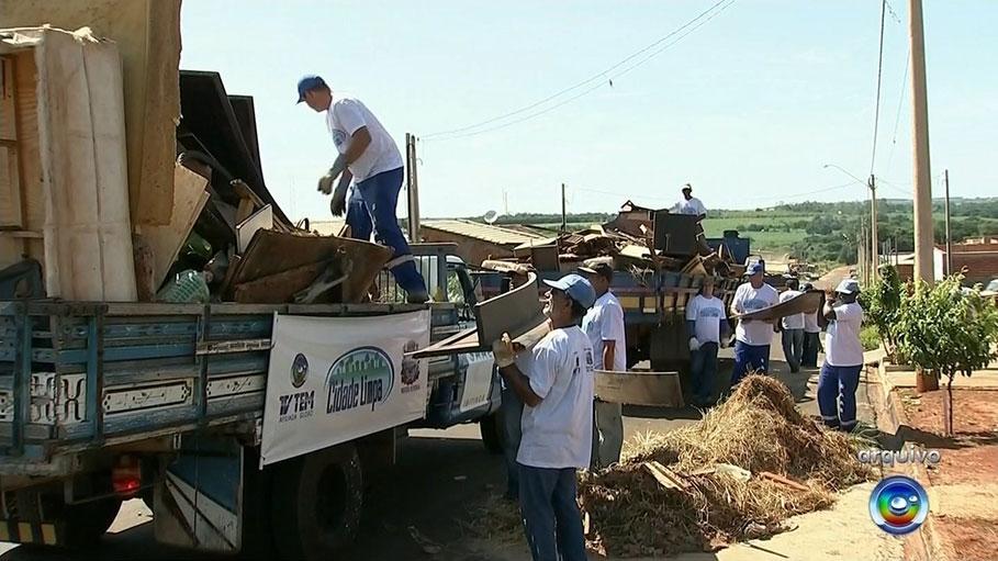 Diretoria de Saúde realiza Projeto Cidade Limpa em parceria com a TV TEM