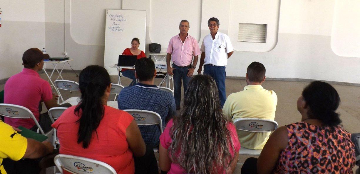 Prefeitura faz parceria com a Casa da Agricultura e oferece curso de Sangria de Seringueira
