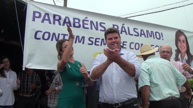 DESFILE CÍVICO: Comemorações do aniversário de Bálsamo foram seletas e agradou a todos os gostos