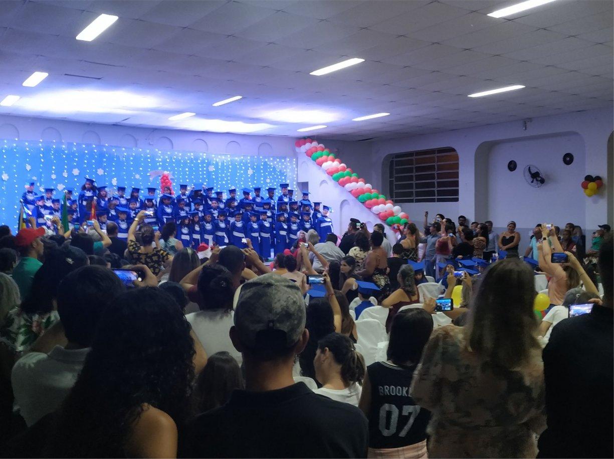 Formaturas das escolas municipais marcaram o final de ano em Bálsamo