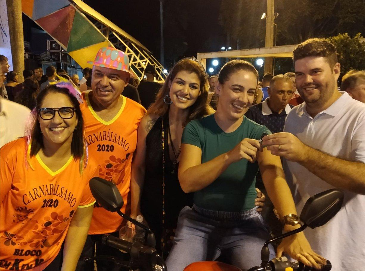 Comércio sorteia moto 0km na Promoção Natal Premiado durante o Carnabálsamo 2020