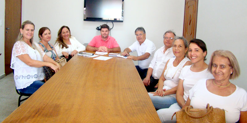 Prefeito Du Lourenço se reúne com Cirurgiões Dentistas da Rede Publica para fazer avaliação do primeiro bimestre do ano