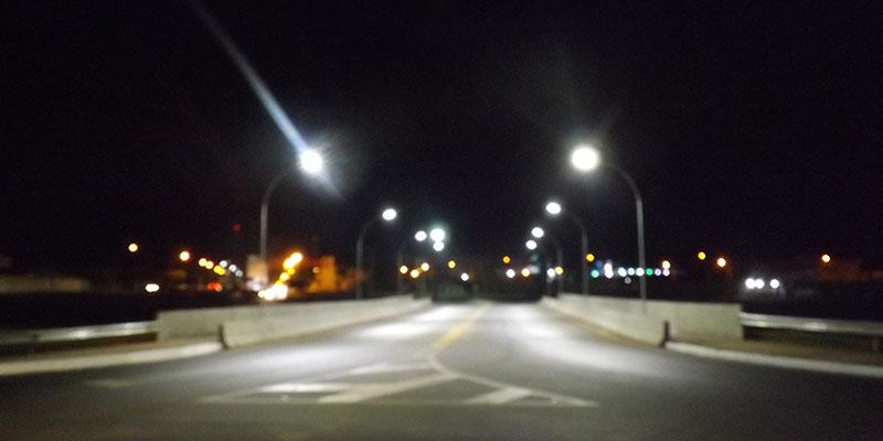 Viaduto Luiz Steque Rodrigues recebe iluminação de Led no trevo de Bálsamo