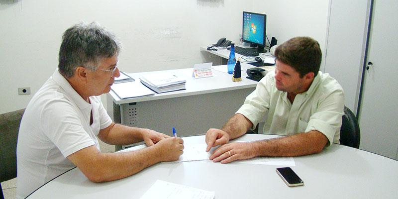 """Bálsamo promove o dia """"D"""" de vacinação contra a gripe e realiza exame de prevenção do câncer bucal"""