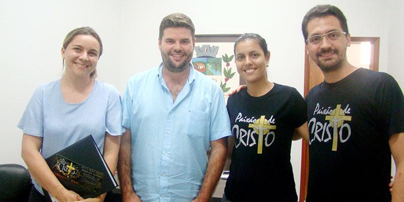 Prefeitura e Câmara apoiam e Grupo Caminhada com Jesus encena a Paixão de Cristo em Bálsamo