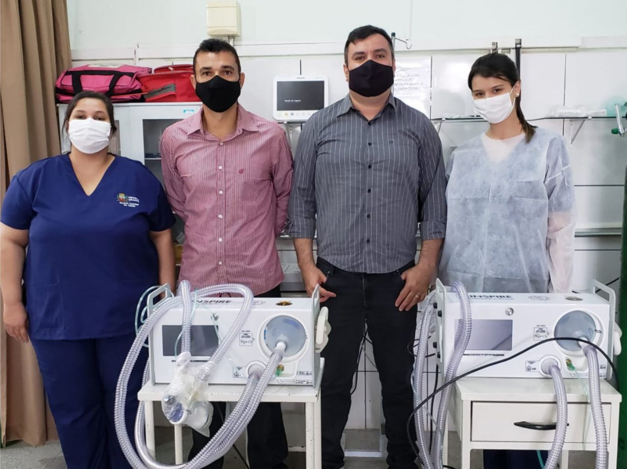 Representantes de Marco Vinholi visitam Posto de Saúde Central