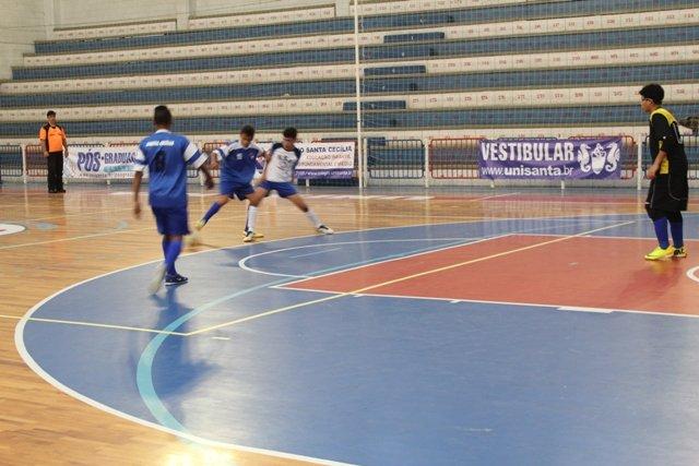 Hoje tem jogo de Futsal do Campeonato Estadual Infantil