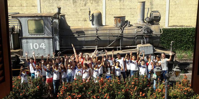 Alunos da Escola Modesto Moreira realizaram passeio e conheceram Museu em Olímpia