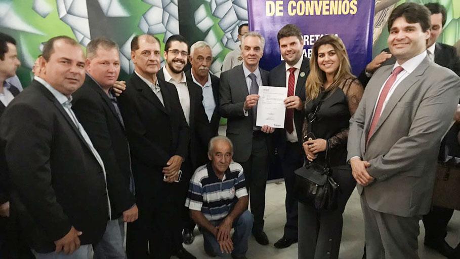 Para prefeito Du quem sai vitorioso com CDHU é o povo e não os políticos